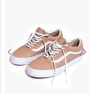 Vans Old Skool Rose Leather Sneaker